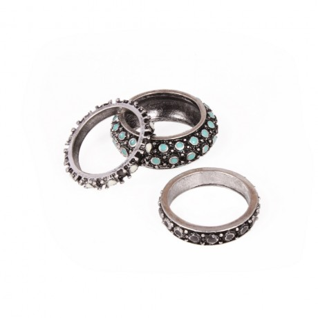 Ring composed of three pieces