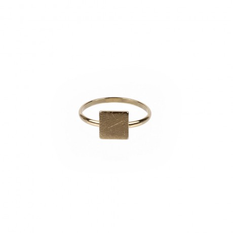 Ring with squared part