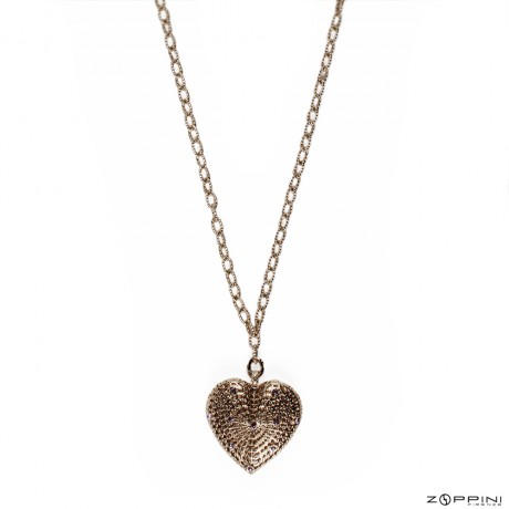 Necklace with pendant heart