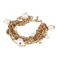 Golden chains bracelet with pearls