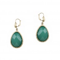 Drop earring with stone