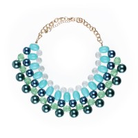 Collar necklace with pearls